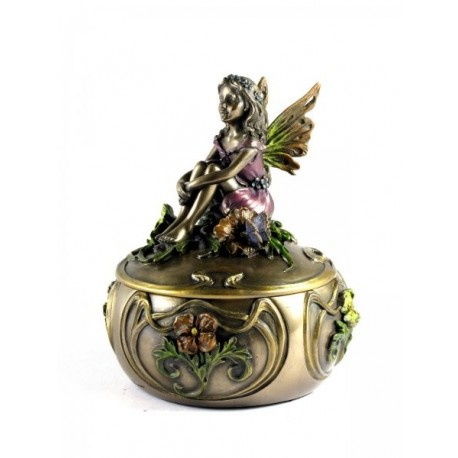 Trinket box with an angel