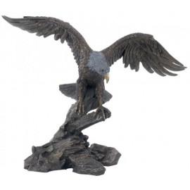 Orzeł z rozłożonymi skrzydłami