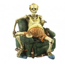 Szkielet - przed telewizorem