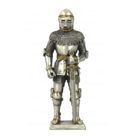 Metalowy rycerz zbrojny